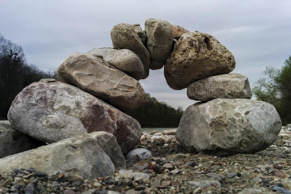Stein Ins Rollen Bringen